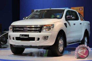 Ford yakin IIMS 2013  rekor penjualan terulang