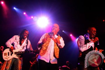Earth Wind & Fire Experience tampil memukau di Java Jazz