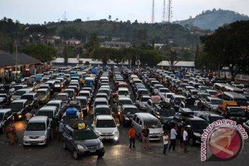 Di Lampung mobil dinas boleh untuk mudik