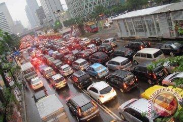 Pengamat: motor tetap dipilih meski mobil murah