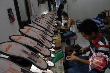Produksi Sandal Rumahan