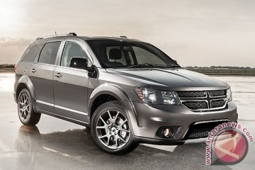 Garansindo gelar test drive Dodge Journey