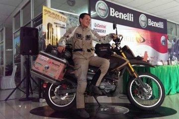 Mario Iroth, 14 ribu KM jelajahi Indonesia dengan motor Phyton