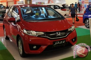 "Honda Indonesia ""recall"" 17.286 Jazz dan Freed terkait airbag"