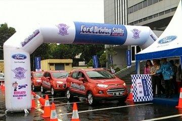 Ford serukan mengemudi aman dari Sabang-Merauke