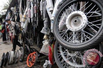 Jelang Lebaran, penjualan suku cadang motor turun