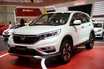 Honda pertontonkan proses produksi mobil ke siswa SMK