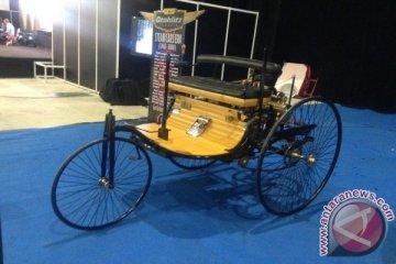 Parade sejarah mobil klasik dunia warnai OICC-Show di IIMS