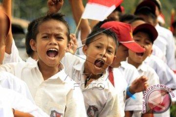 Siswa Ramaikan Peringatan Hari Patriotik