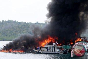 Penenggelaman Kapal Ilegal Fishing Di Batam