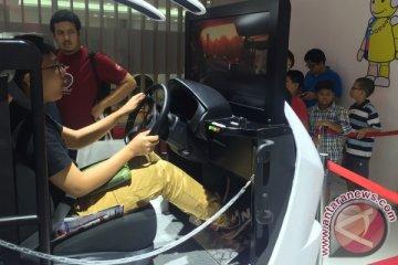 Simulator Toyota Safety laris dijajal ratusan pengunjung setiap hari