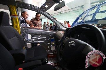 Tinjau Pabrik Astra Daihatsu Motor