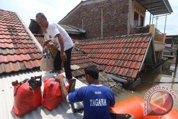 Evakuasi Warga Terkena Banjir