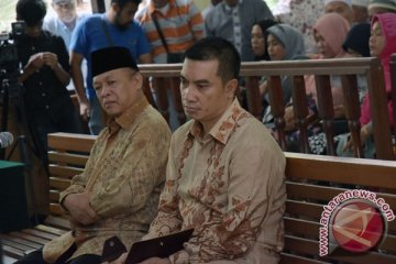 Penuntutan Suap APBD Riau
