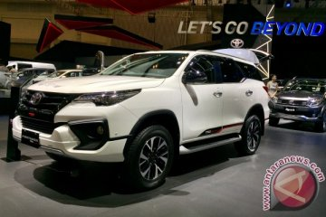 New Fortuner kian gagah dengan TRD Sportivo (video)