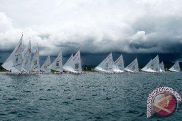Lomba Perahu Sandeq Race