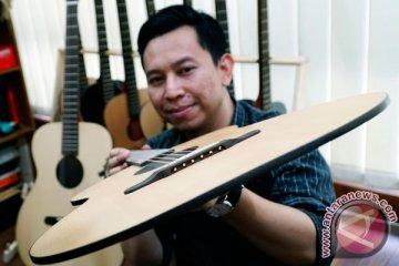 Gitar Tertipis Dunia