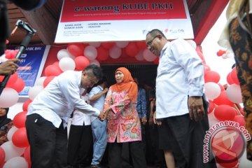 Menteri Sosial Resmikan E-Warong Palu