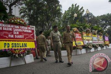 Karangan Bunga Untuk Gubernur DKI