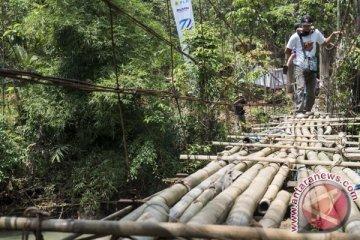 Bantuan Pembangunan Jembatan Gantung