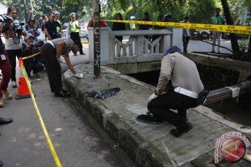 Olah TKP Kecelakaan Setya Novanto