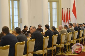 Presiden terima delegasi AIIB