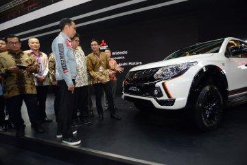 Triton Athlete, rayuan baru Mitsubishi untuk pehobi (11 foto)