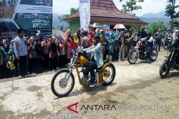 Presiden Jokowi dan Motor Chopperfield di Citarik