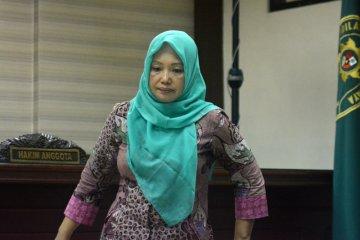 Sidang perdana kasus suap Jombang