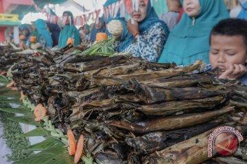 Rekor MURI Pepes Ikan Terbanyak