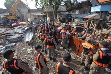Pembongkaran bangunan di lahan Pemkot