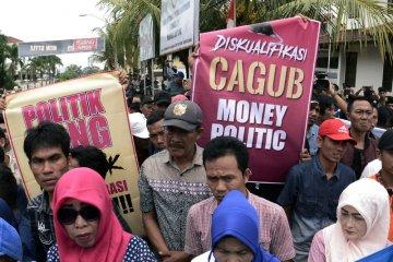 Demo politik uang di Lampung