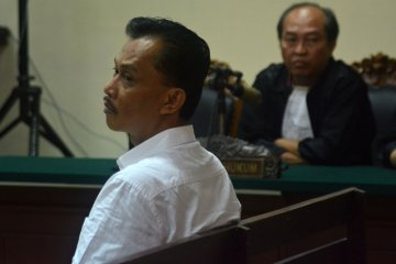 Vonis Arief Wicaksono ditunda