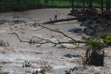 Waspada banjir bandang susulan