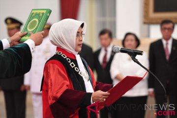 Pelantikan Hakim MK Enny Nurbaningsih