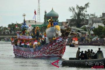 Festival Perahu Hias