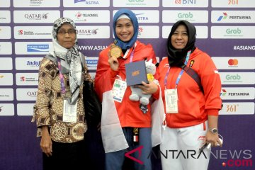 Medali Emas Taekwondo Poomsae Putri Indonesia