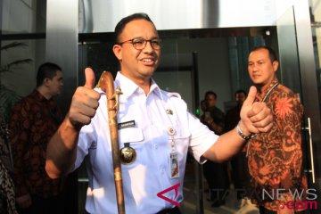 Anies Laporkan Gratifikasi Tongkat Komando