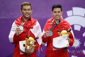 Bulu tangkis medali perak ganda putra Indonesia