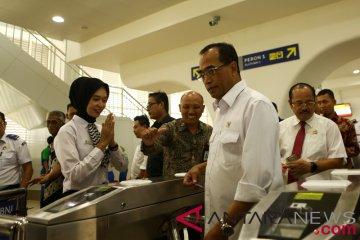 Menhub coba pengoperasian LRT Palembang