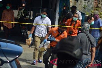Penggeledahan Rumah Terduga Teroris Tasikmalaya