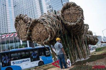 Seni Instalasi Bambu Di Bundaran HI
