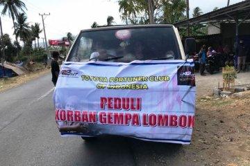 Komunitas Fortuner salurkan bantuan gempa Lombok secara langsung