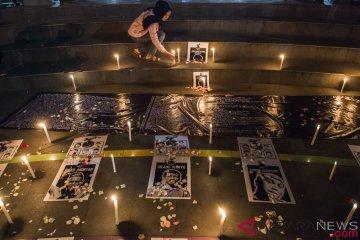 Aksi solidaritas untuk suporter meninggal
