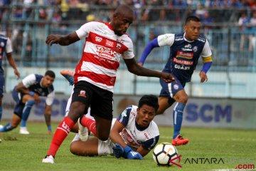Arema FC Taklukan Madura United