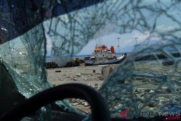 Aktivitas Pelabuhan Pulih Pascagempa