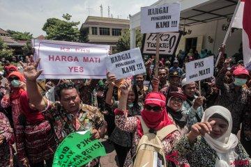 Aksi Guru Honorer Yogyakarta