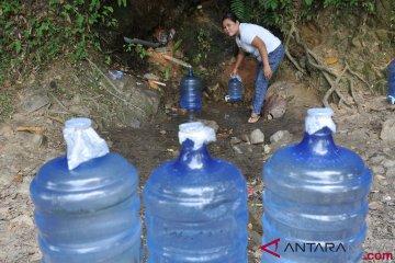 Kesulitan Air Bersih Akibat Pencemaran Tambang Emas Ilegal
