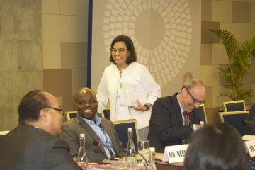 IMF-WB : Sesi Pathways to Prosperity