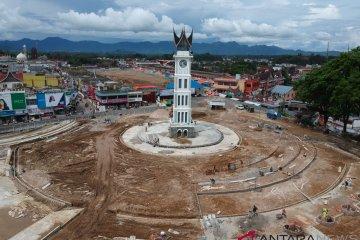 Revitalisasi Kawasan Jam Gadang Bukittingi